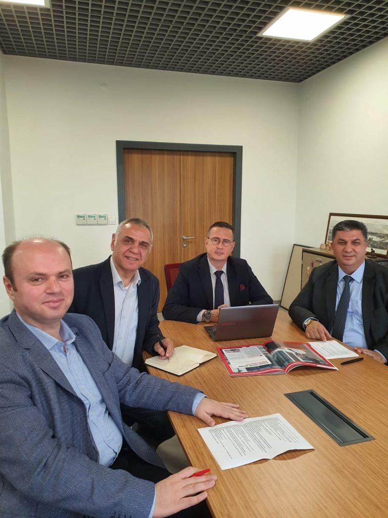 Beyper yönetim kurulu üyeleri faaliyetleri hakkında görüş alışverişinde bulundular.