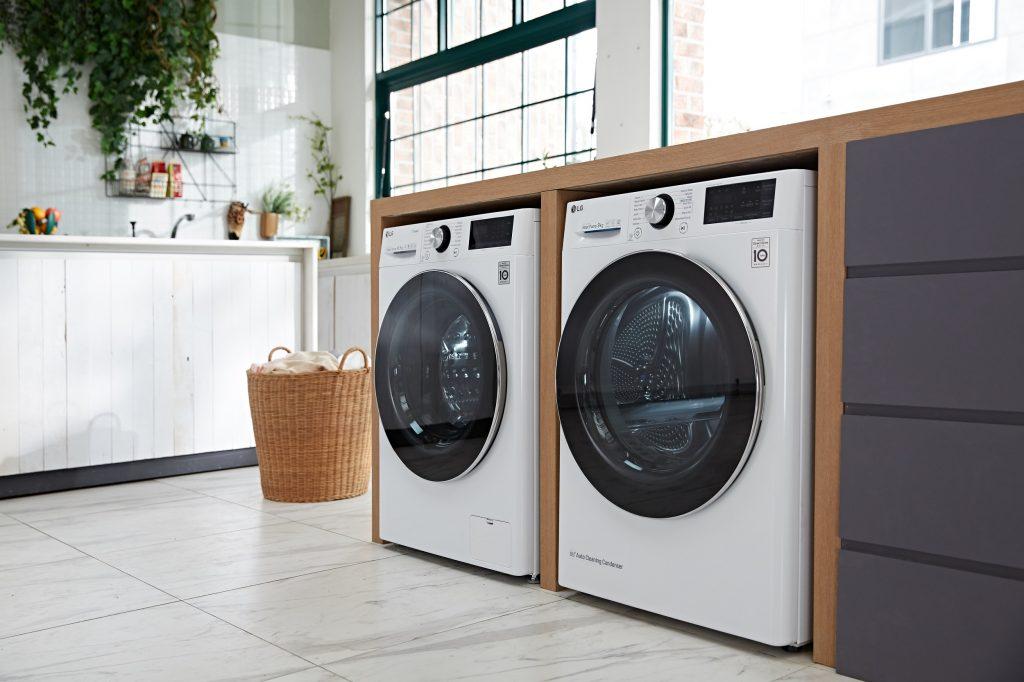 LG ThinQ platformu sayesinde, LG Buhar teknolojisine sahip çamaşır makinesi.